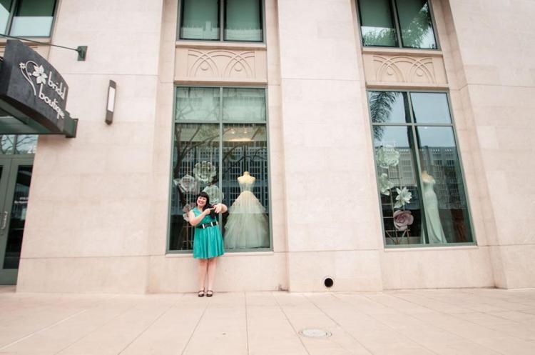 Bridal Store - engagment pose